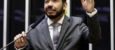 Vereador Gustavo Baiano solicita emendas ao Dep. Loester Trutis
