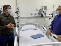 Riedel anuncia construção de novo centro cirúrgico e bloco administrativo no Hospital Regional de Amambai
