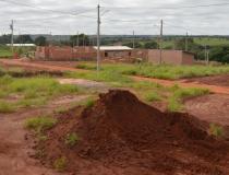 Valter Brito quer informações sobre regularização do Loteamento Santa Catarina