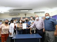 Reinaldo Azambuja autoriza R$ 23 milhões em obras e anuncia pavimentação da MS-289