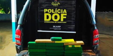Passageiro de ônibus que seguia para Minas Gerais com maconha foi preso pelo DOF
