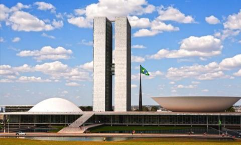 UM HOSPÍCIO CHAMADO BRASÍLIA
