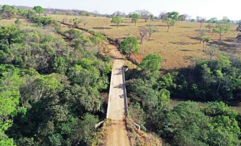 Vereador Valter Brito pede substituição da ponte de madeira por ponte de concreto, sobre o Rio Jaguari