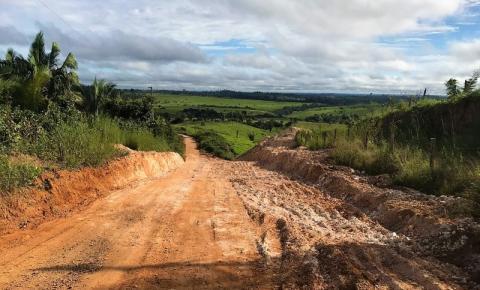 Vereador Gustavo Baiano pede patrolamento e cascalhamento de estrada vicinal